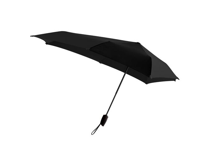 Kestävä pieni sateenvarjo